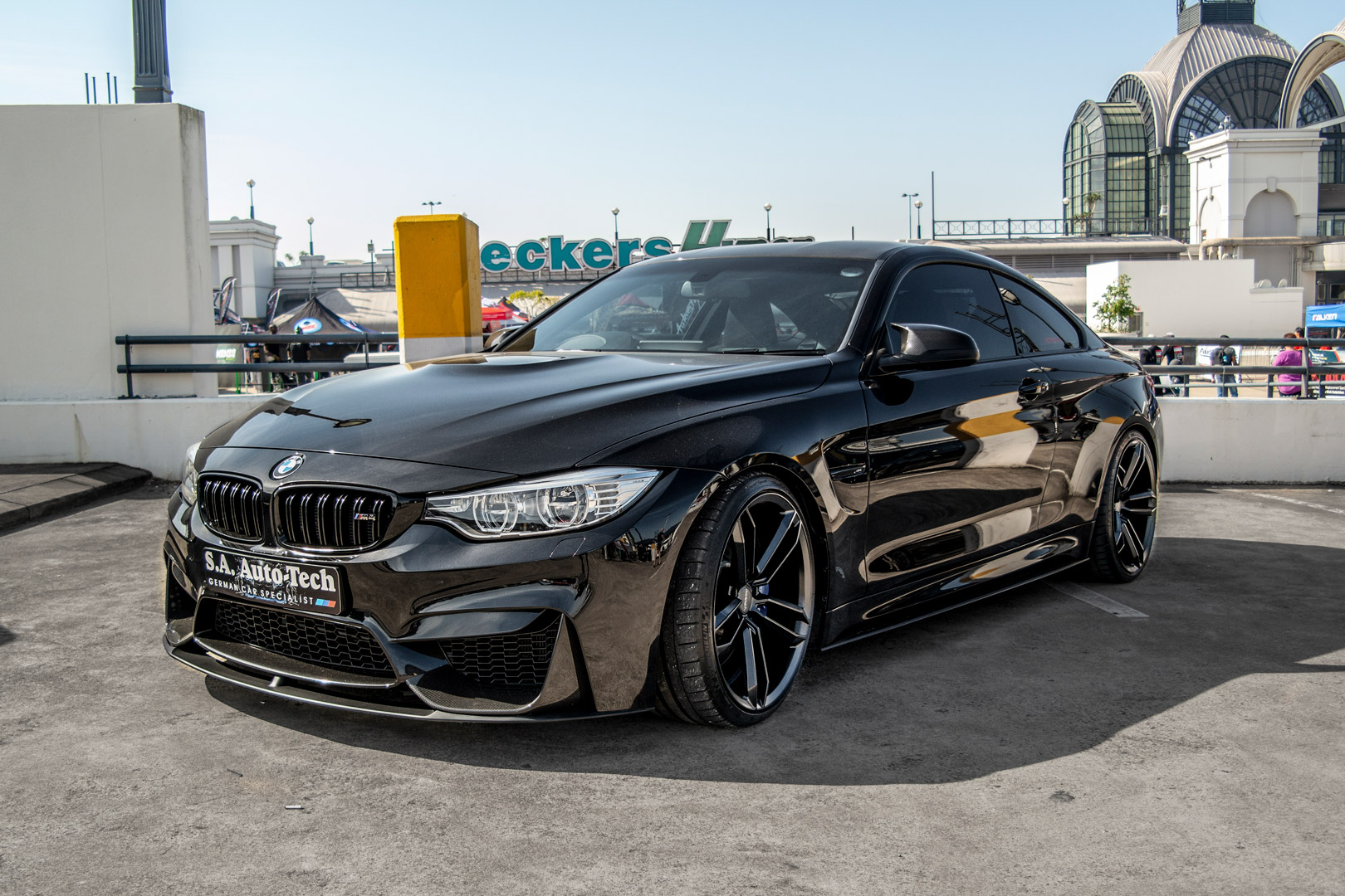 BMW M4 Black Rims Staggered Varro VD07 Wheels