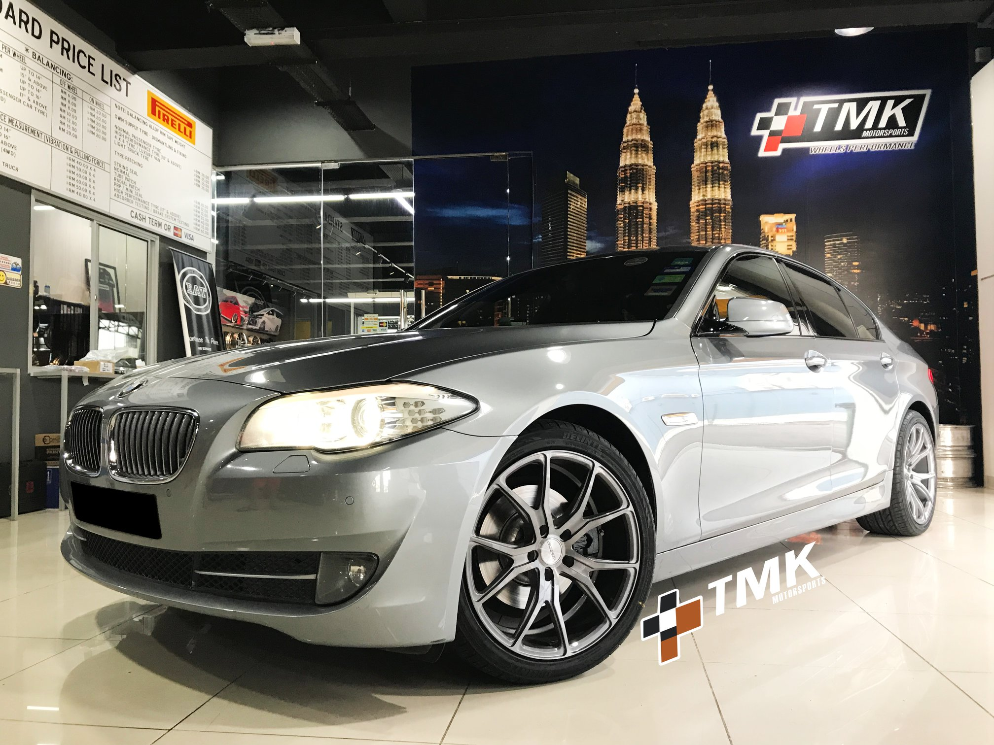 BMW 5 Series Silver Rims Varro Staggered Concave Silver Wheels